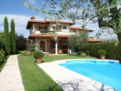 Vakantie accommodatie Italiaanse meren,Gardameer,Lombardije,Noord-Italië Italië 6 personen