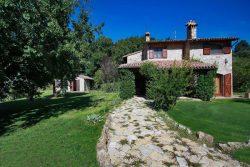 Vakantie accommodatie Umbrië Italië 11 personen
